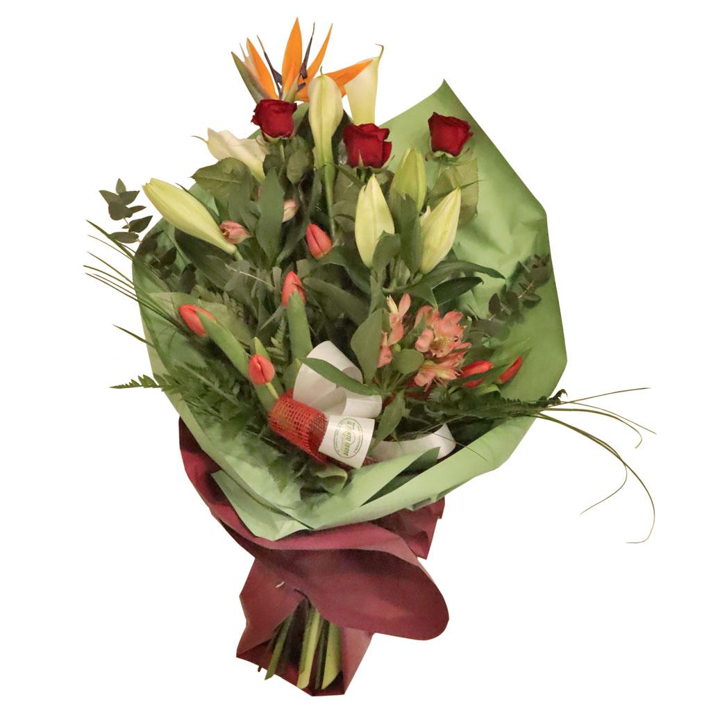 Mazzo lungo con 3 rose rosse